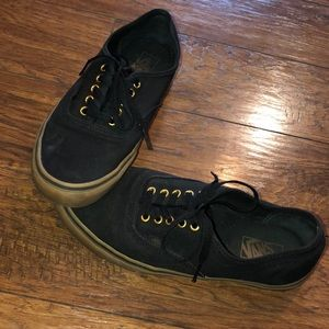 Men's black canvas vans